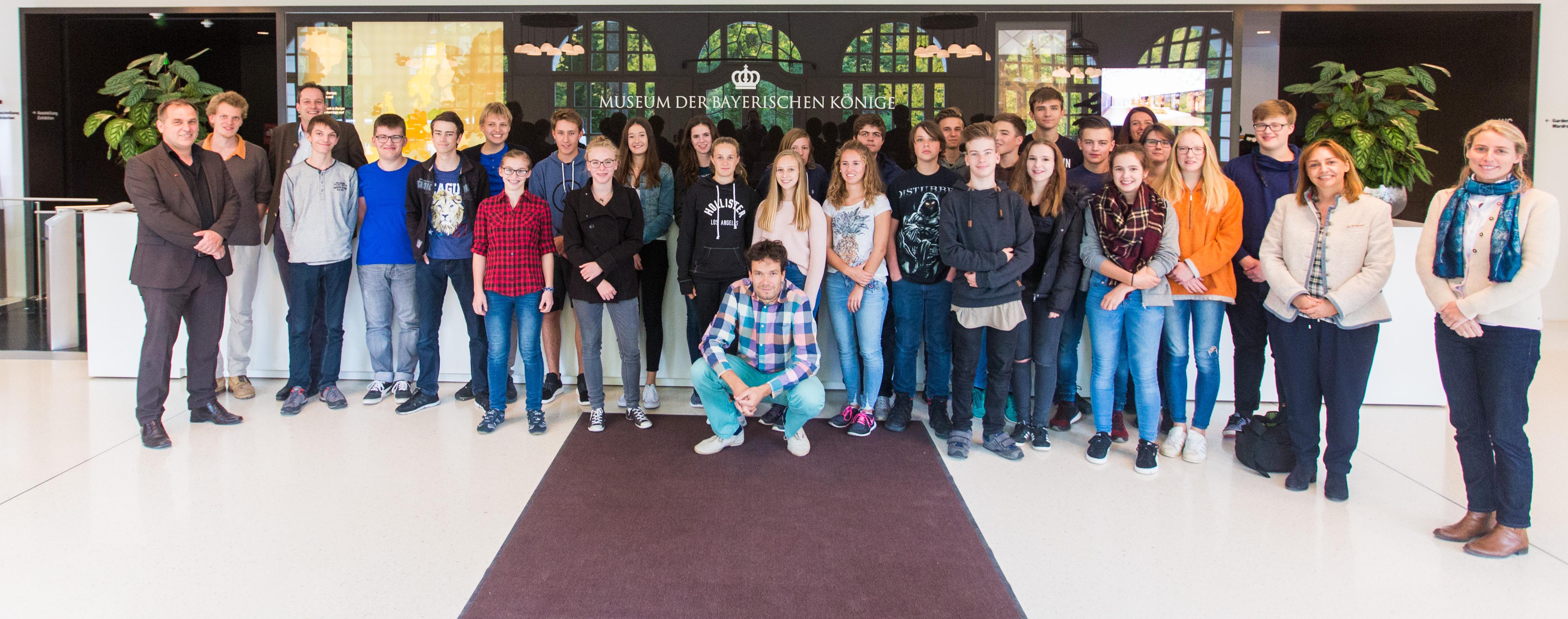 Bild Schülergruppe Staffelsee Gymnasium